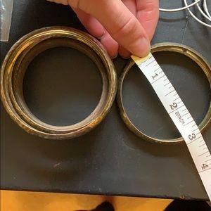 Jewelry - Assorted bangles